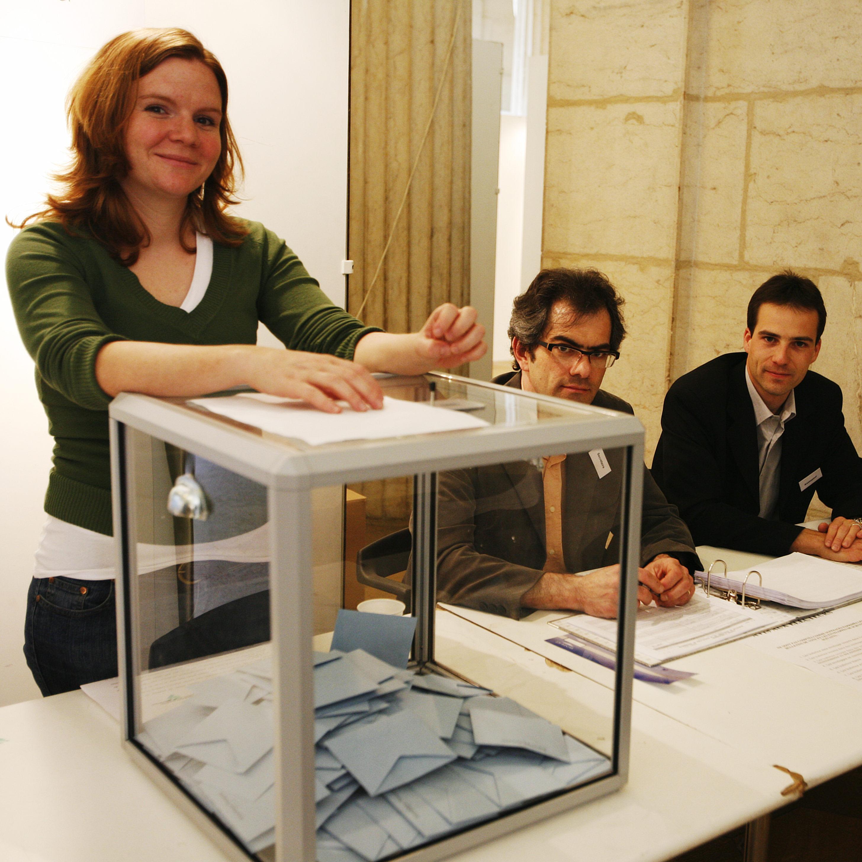 2007年フランス大統領選挙の投票箱8